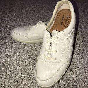 ECCO Mobile Leather Sneakers Walking Shoes - EU39